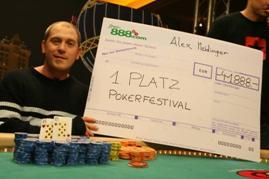 Der Sieger Alexander Meidinger, <br>etwas abgekämpft nach 13 Stunden pokern.
