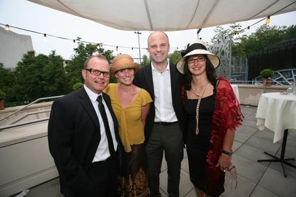 (v.l.) Mag. Gerhard Stübe (Direktor Festspielhaus Bregenz), Nadia Irnig<br>(Olympiapark München), Urs Laste (Fredy Burger Management, Zürich),<br>Annabell Stübe