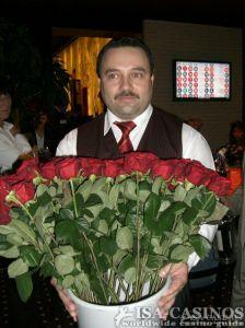 Für jede Dame eine Baccara-Rose