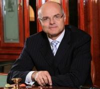 Dr. Karl Stoss<br />Generaldirektor der Casinos Austria