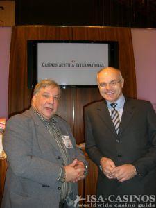Reinhold Schmitt, Chefredakteur <br> ISA-Guide, <br>Dr. Karl Stoss, Generaldirektor <br>der Casinos Austria