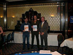 Der Technische Leiter Herr Karl-Ernst Breiling <br>mit zwei Gewinnern