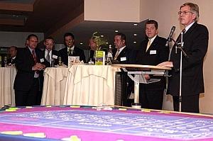 Finanzminister Möllring während der Begrüßungsrede. <br>Foto Fender