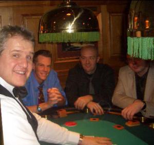 Gute Laune an den Pokertischen!