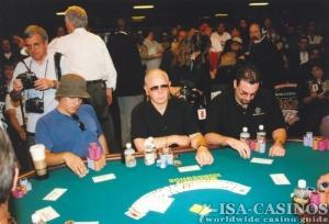 Konzentrierte Pokerspieler
