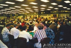 Voll besetzte Pokertische bei der<br> Pokerweltmeisterschaft in Las Vegas