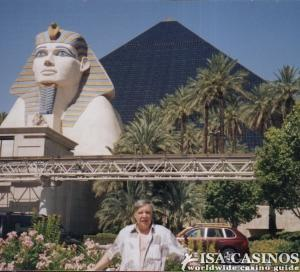 Reinhold Schmitt. ISA CASINOS,  Casino Luxor