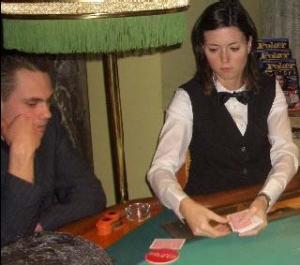 Dealerin Daniela Mischke, voll konzentriert!