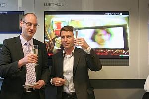Dr. Dirk Quermann, Geschäftsführer Merkur Interactive<br />Italia S.p.A. und das Vorstandsmitglied der Gauselmann<br />AG Armin Gauselmann bei der offiziellen Eröffnung des <br />ersten Sportwettbüros der Gauselmann Gruppe in Italien.
