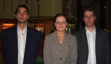 Die Gewinner von links nach rechts - 1. Platz Hr. Yusuf Erdem,<br>3. Platz Frau Ronja Quandt, 2. Platz Matthias Degend