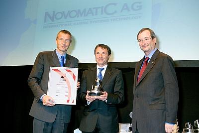 Wirtschaftsminister Dr. Martin Bartenstein, <br />Novomatic-Generaldirektor Dr. Franz Wohlfahrt, <br />Wirtschaftskammerpräsident Dr. Christoph Leitl (v. l.)