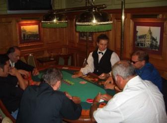 Taktieren und Bluffen war angesagt bei den Turnierteilnehmern