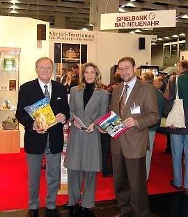 Informierten vor Ort auf dem Reisemarkt<br>(v.l.) Rainer Mertel, Sandra Berns und<br>Andreas Wittpohl. Foto by Gerrit Mitter