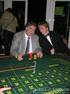 Chefredakteur Reinhold Schmitt<br> in der Spielbank Hamburg