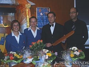 Croupier und Service Team beim Oster Baccara Turnier<br> in der Spielbank Stuttgart